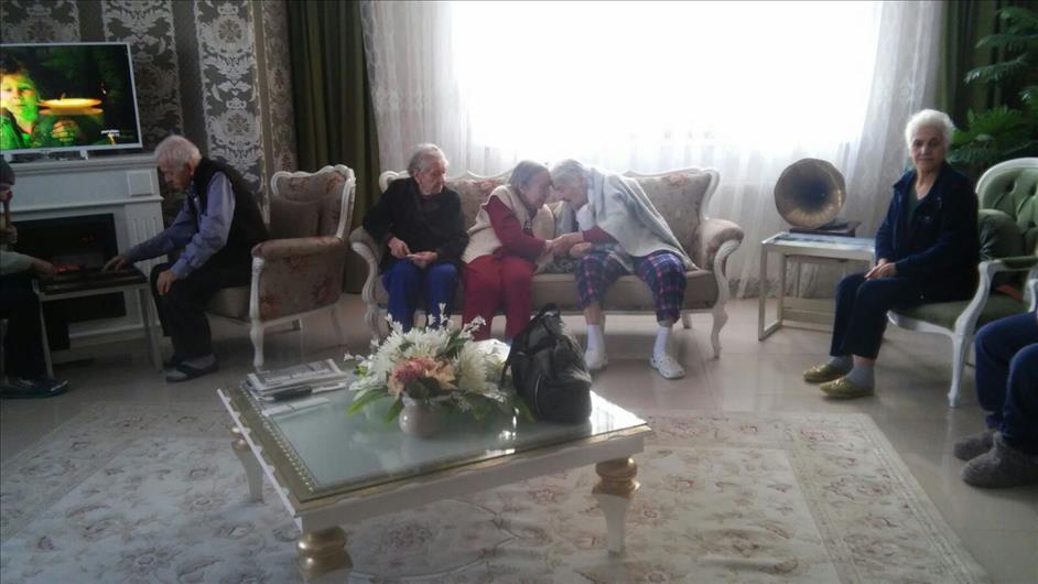Huzurevi Yaşlı Bakımevi